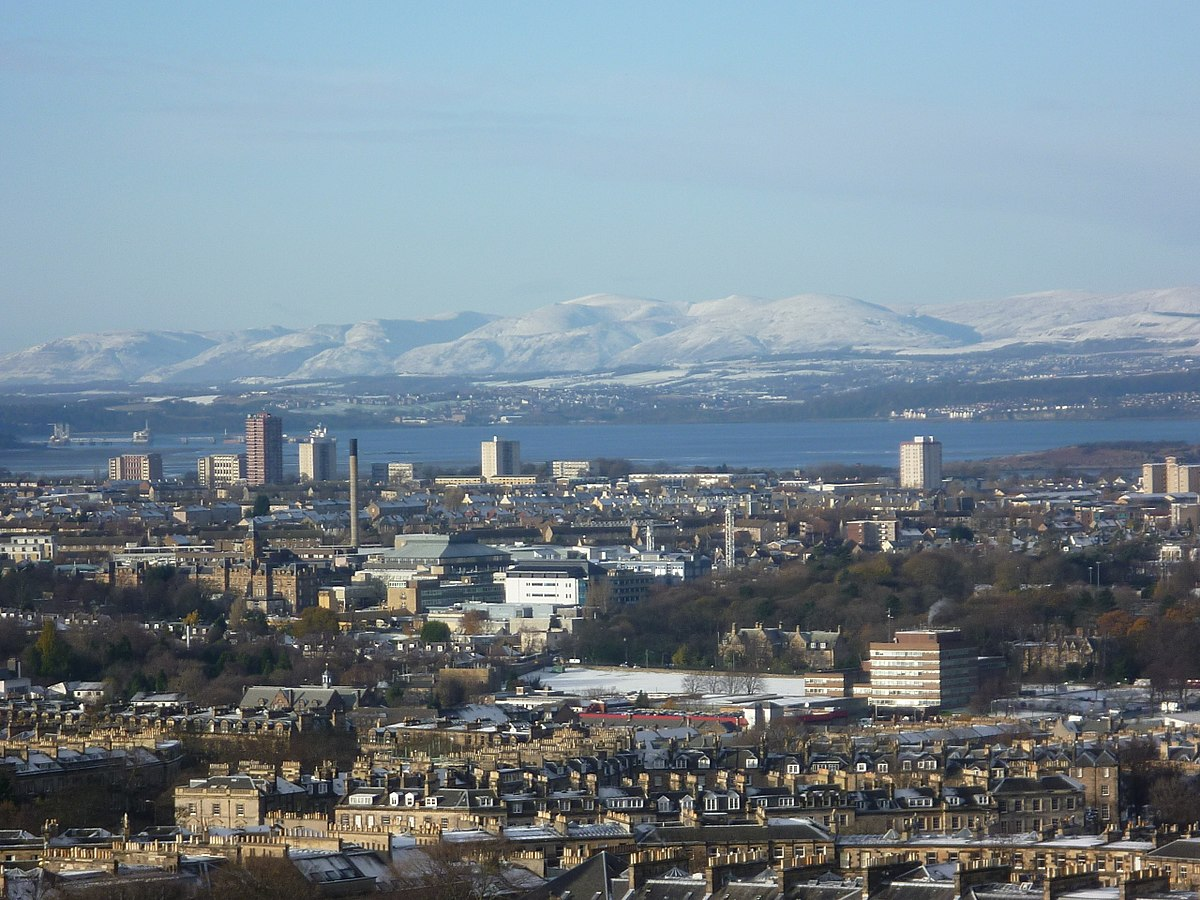 edinburgh Firth_of_Forth_from_Edinburgh_Castle