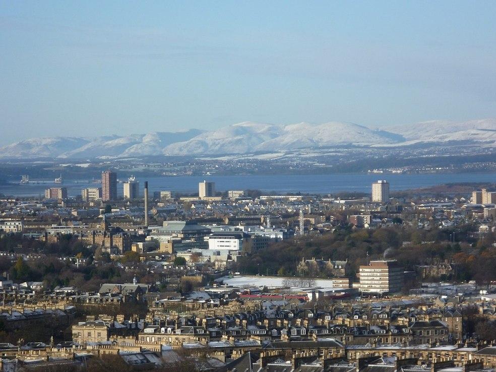 edinburgh Firth_of_Forth_from_Edinburgh_Castle